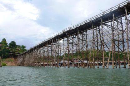 800px-Mon_bridge_sangkhla