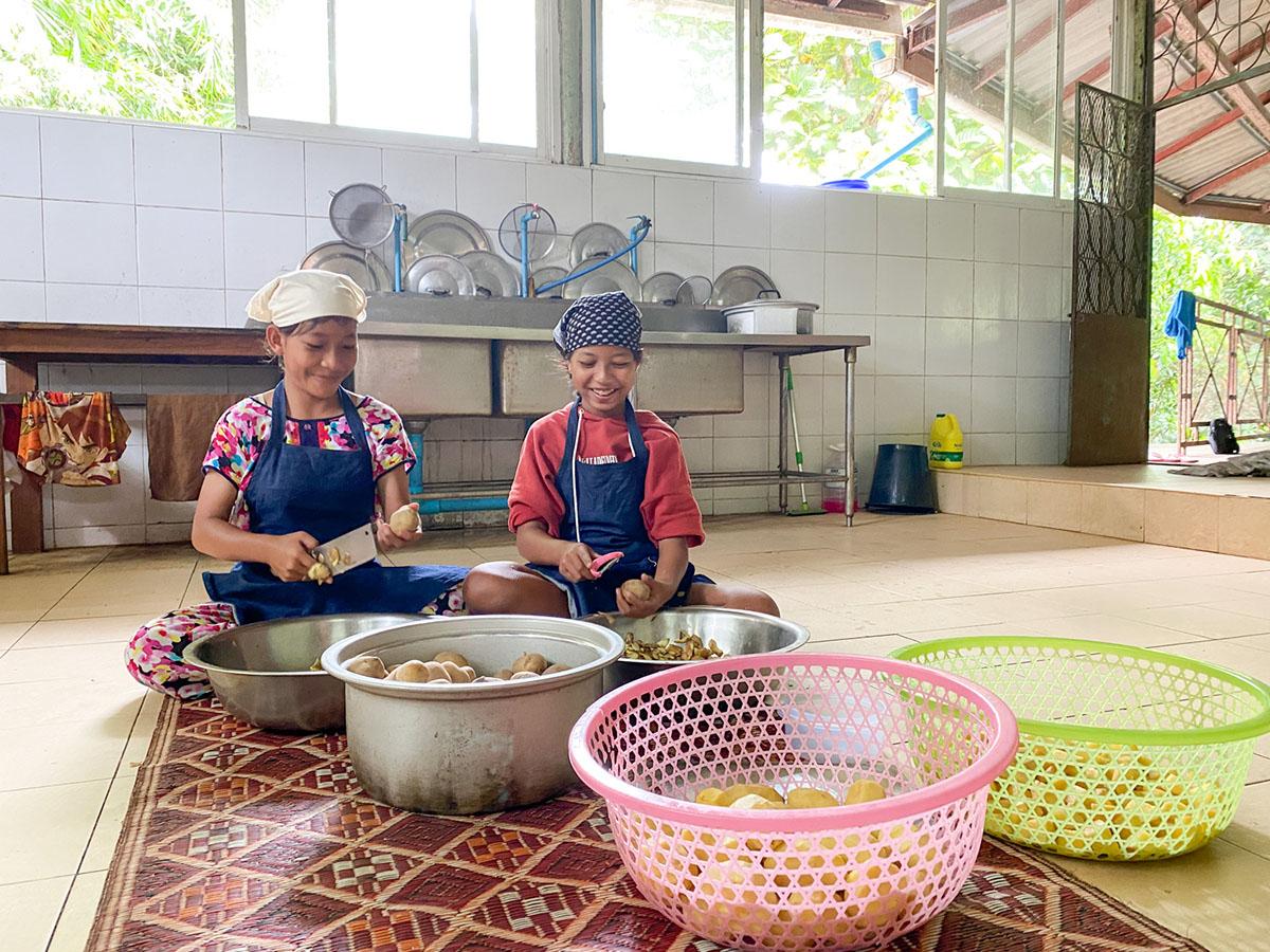 Children Cooking!